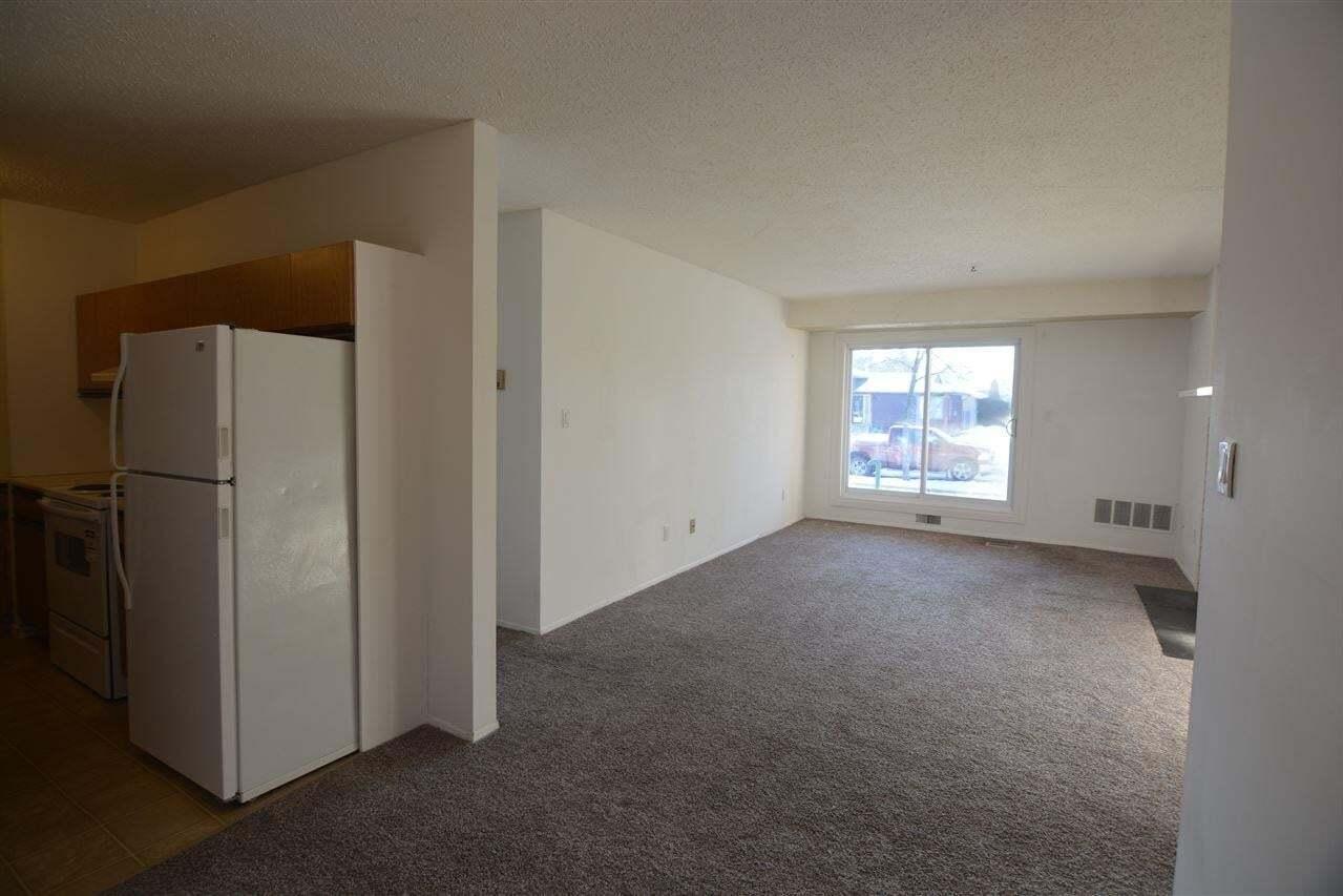 Condo for sale at 39 Akins Dr Unit 102 St. Albert Alberta - MLS: E4202656