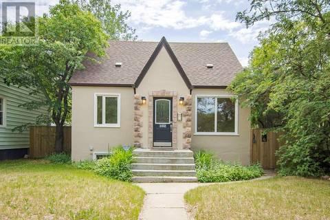 House for sale at 102 5th St Saskatoon Saskatchewan - MLS: SK778556