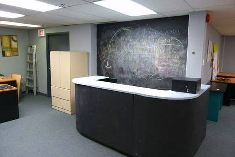 Commercial property for sale at 60 Granton Dr Unit 102 Richmond Hill Ontario - MLS: N4581853