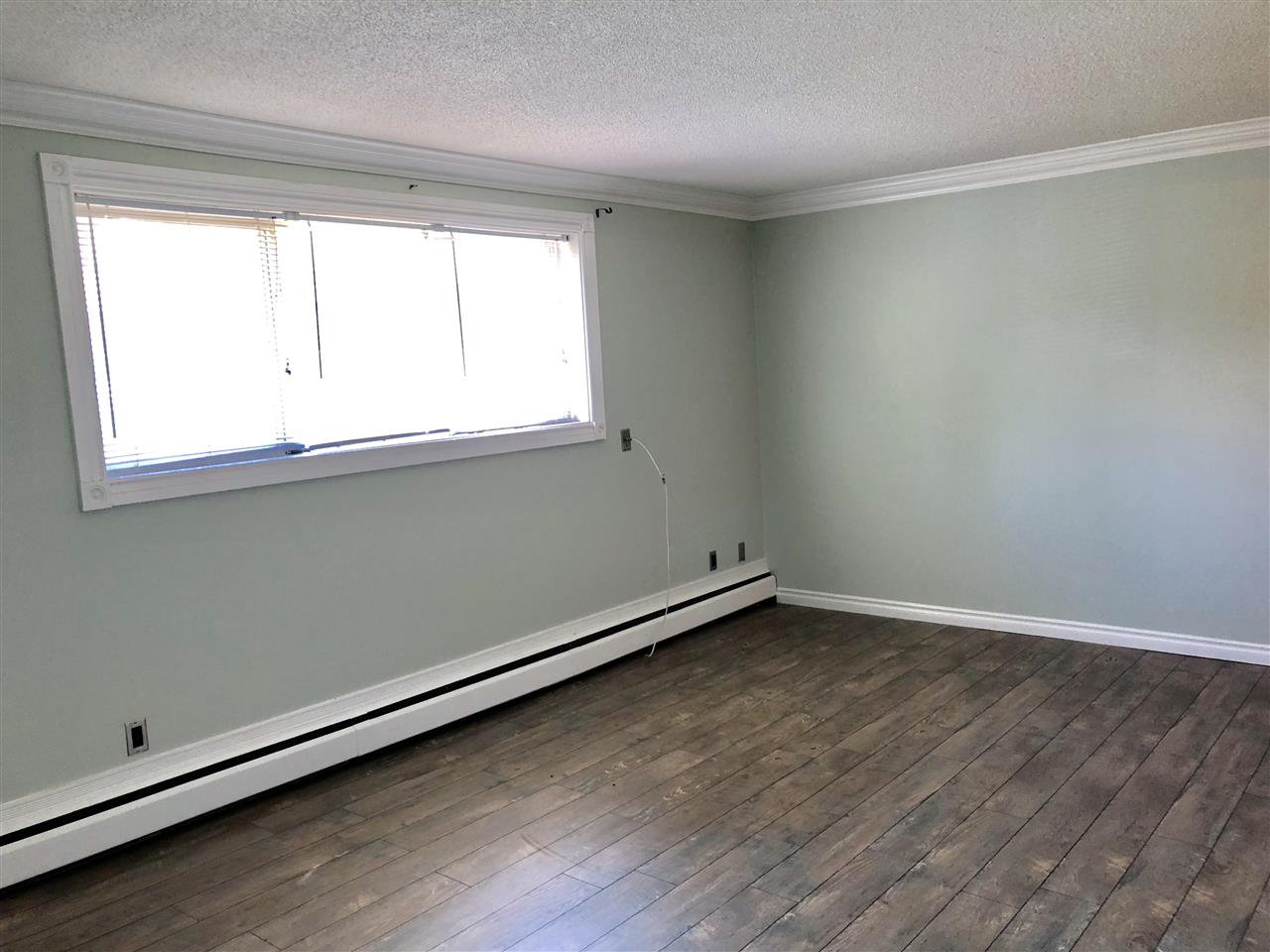 Buliding: 6307 118 Avenue, Edmonton, AB