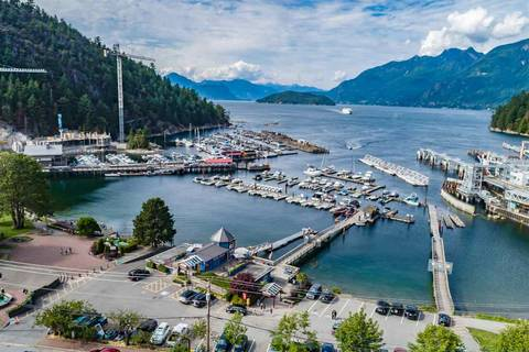 Residential property for sale at 6388 Bay St Unit 102 West Vancouver British Columbia - MLS: R2445995