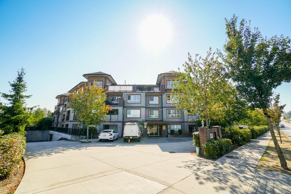 Buliding: 6960 120 Street, Surrey, BC