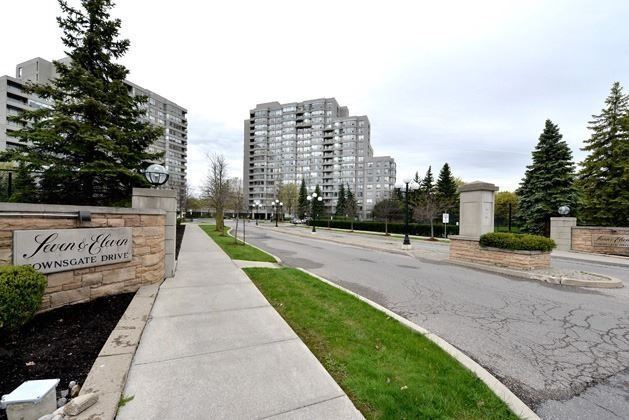 For Sale: 102 - 7 Townsgate Drive, Vaughan, ON | 2 Bed, 2 Bath Condo for $729,000. See 20 photos!