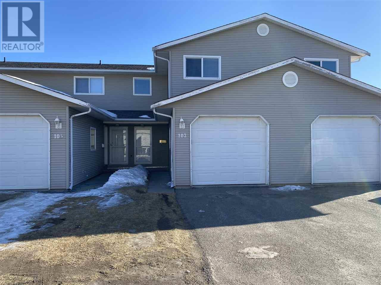 Townhouse for sale at 8304 92 Ave Unit 102 Fort St. John British Columbia - MLS: R2432667