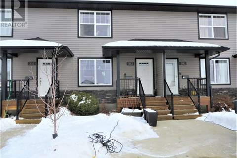 Townhouse for sale at 901 4th St S Unit 102 Martensville Saskatchewan - MLS: SK797796