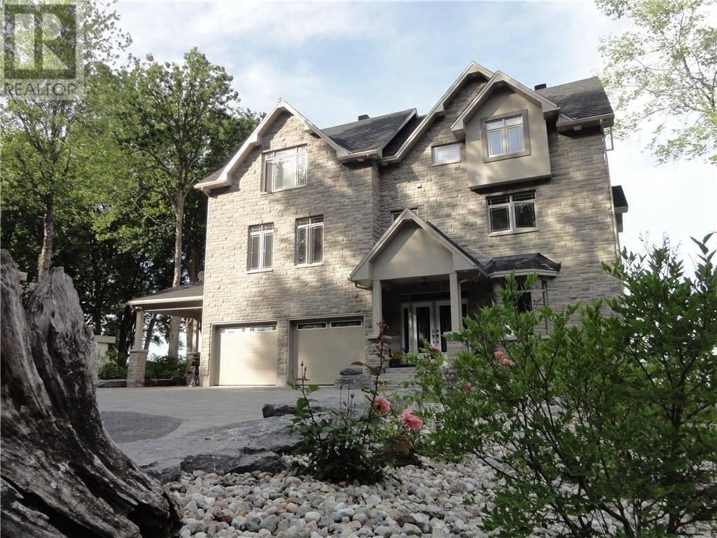 House for sale at 102 Allbirch St Ottawa Ontario - MLS: 1159221