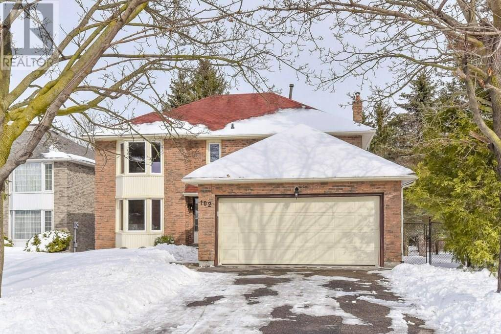 102 Ashberry Place, Waterloo | Image 2