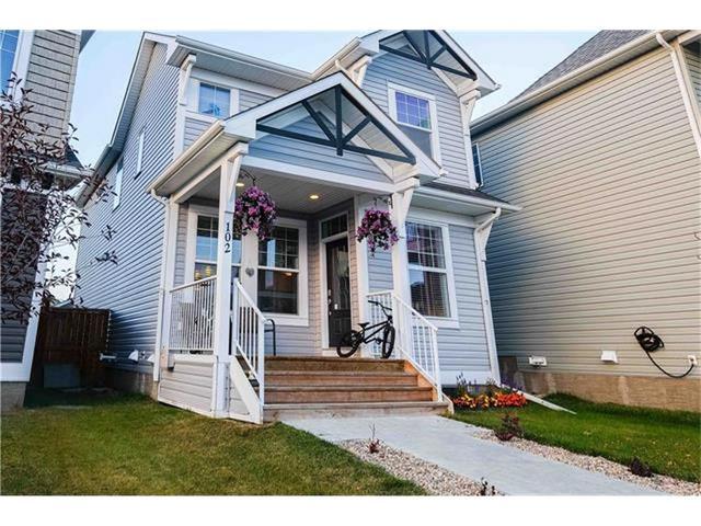 Sold: 102 Auburn Crest Way Southeast, Calgary, AB