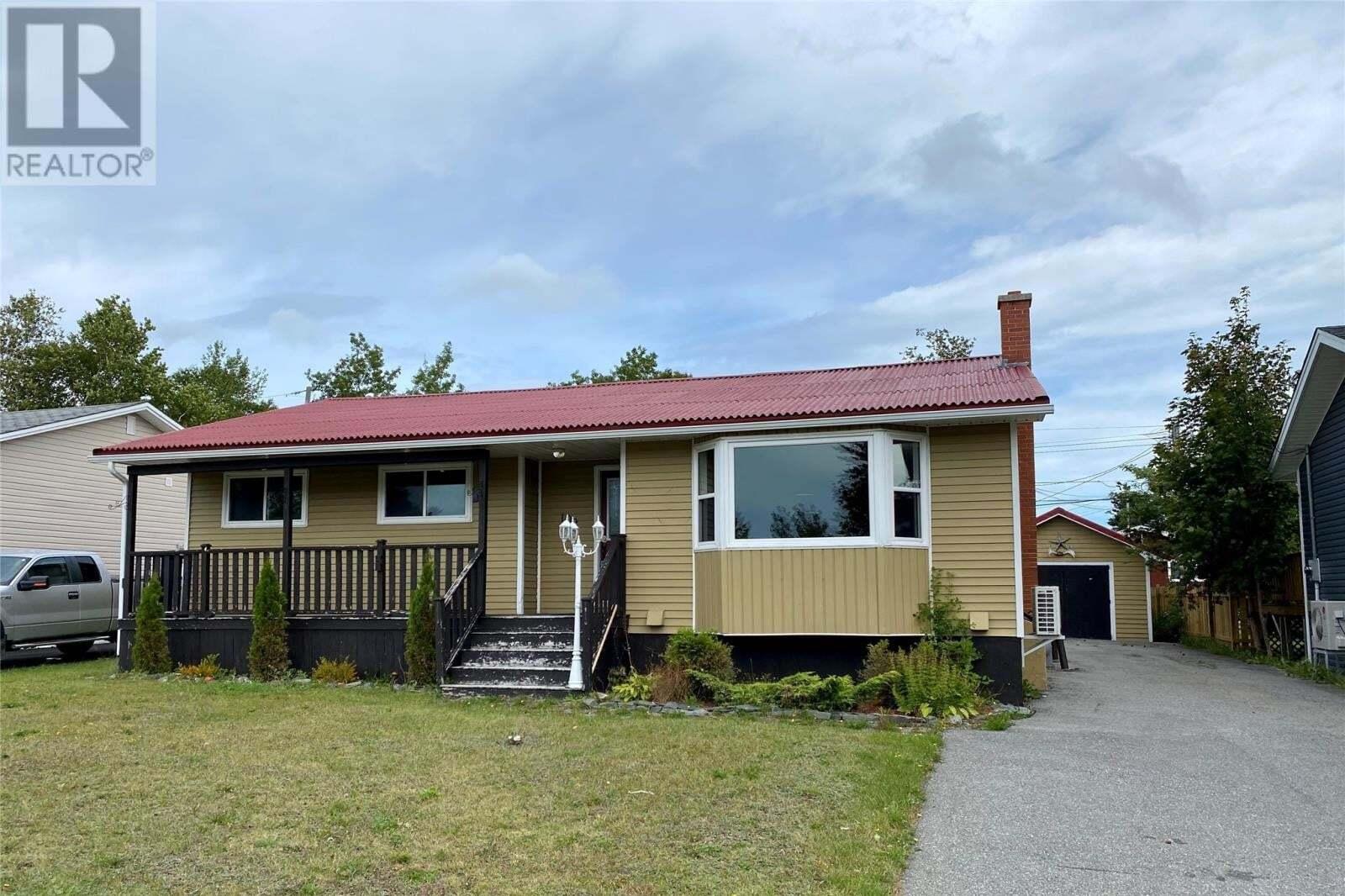 House for sale at 102 Bennett Dr Gander Newfoundland - MLS: 1220938