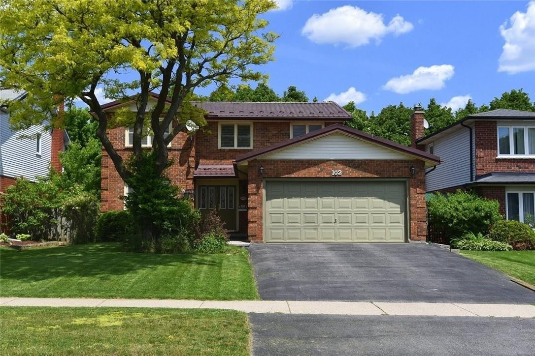 House for sale at 102 Chudleigh St Waterdown Ontario - MLS: H4079408