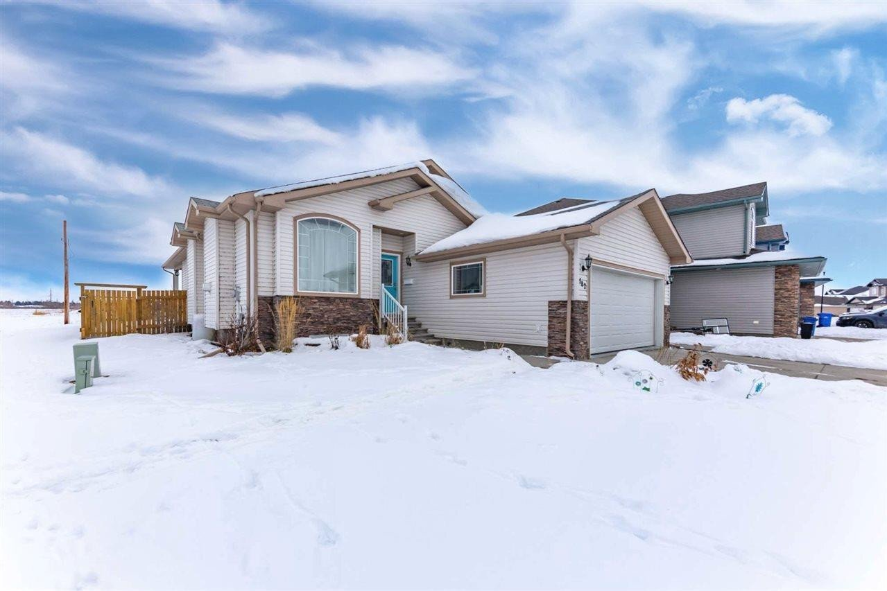 House for sale at 102 Cypress Dr Wetaskiwin Alberta - MLS: E4221858