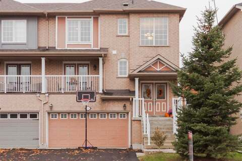 Townhouse for sale at 102 Knoll Haven Circ Caledon Ontario - MLS: W4963474