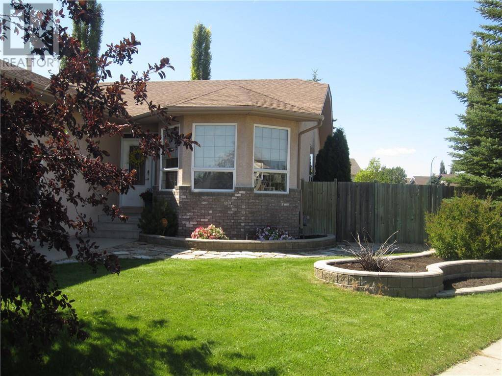 House for sale at 102 Lewis Cs Red Deer Alberta - MLS: ca0185182