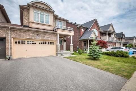 Residential property for sale at 102 Lewis Honey Dr Aurora Ontario - MLS: N4806549