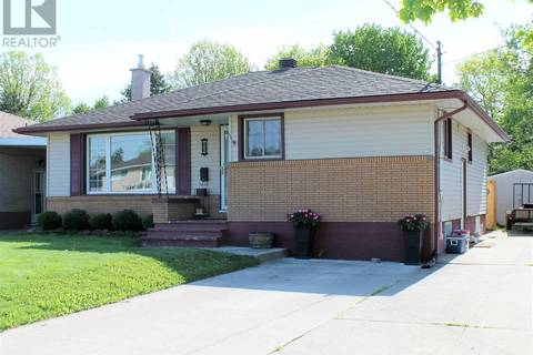 House for sale at 102 Moluch St Sault Ste. Marie Ontario - MLS: SM125898