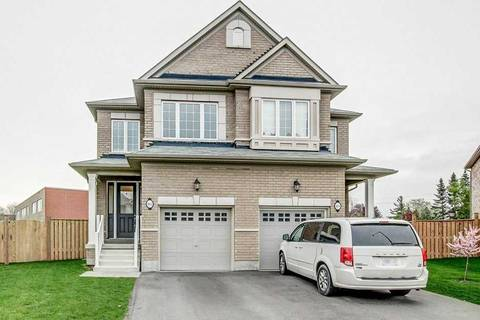 Townhouse for sale at 102 Narbonne Cres Hamilton Ontario - MLS: X4464085