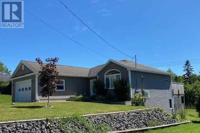 House for sale at 102 Parkwood Dr Sydney River Nova Scotia - MLS: 202014054