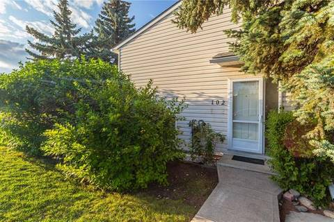 Townhouse for sale at 102 Sabrina Rd Southwest Calgary Alberta - MLS: C4269780