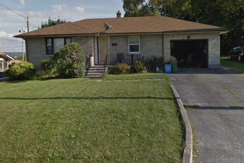 House for sale at 102 Scanlon Ave Bradford West Gwillimbury Ontario - MLS: N4970894