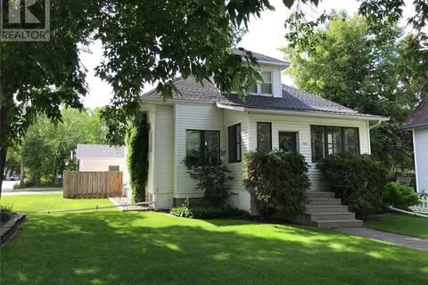 House for sale at 102 Sixth Ave N Yorkton Saskatchewan - MLS: SK755848