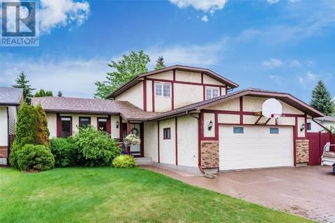 House for sale at 102 Smoothstone Cres Saskatoon Saskatchewan - MLS: SK777416