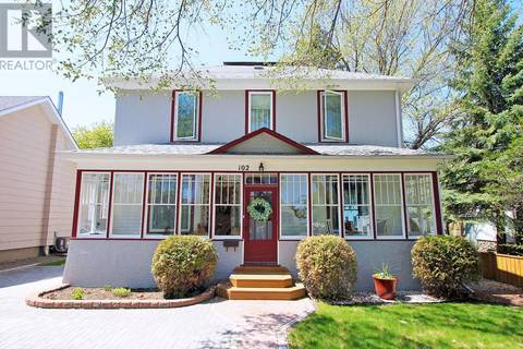 House for sale at 102 Third Ave N Yorkton Saskatchewan - MLS: SK765953