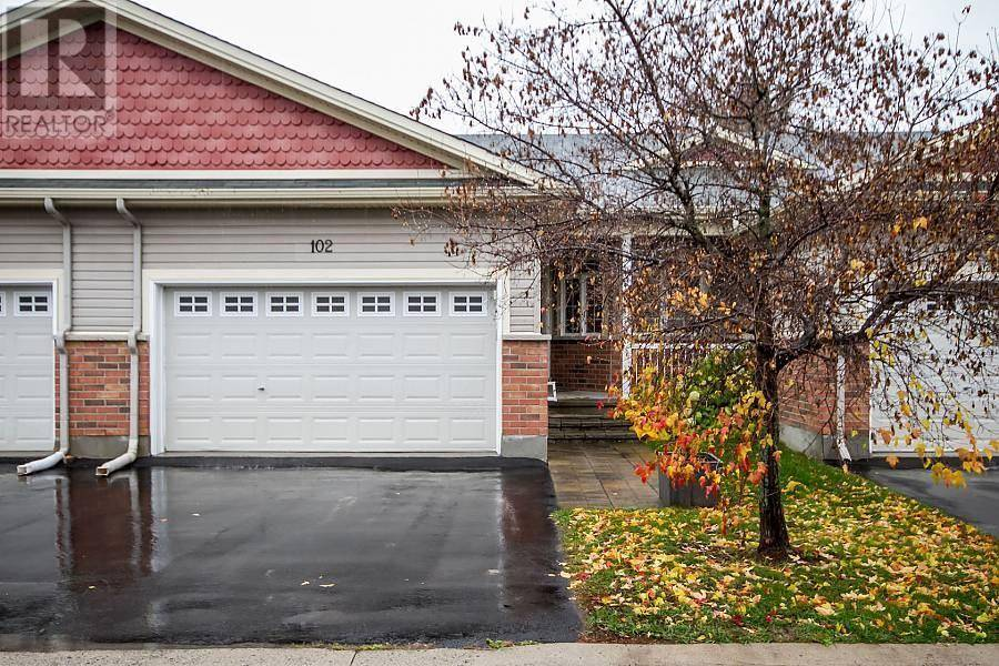 Townhouse for sale at 102 Villageview Pt Ottawa Ontario - MLS: 1173272