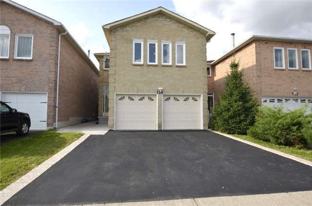 Sold: 102 Westhampton Drive, Vaughan, ON