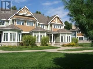 Townhouse for sale at 10 Birch Glen  V12 Wk 10 P6 Rd Unit 1020 Baysville Ontario - MLS: 165211