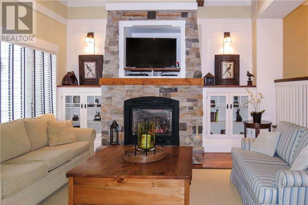 Townhouse for sale at 1020 Birch Glen Road Villa 7 Week 8 Rd Baysville Ontario - MLS: 251418