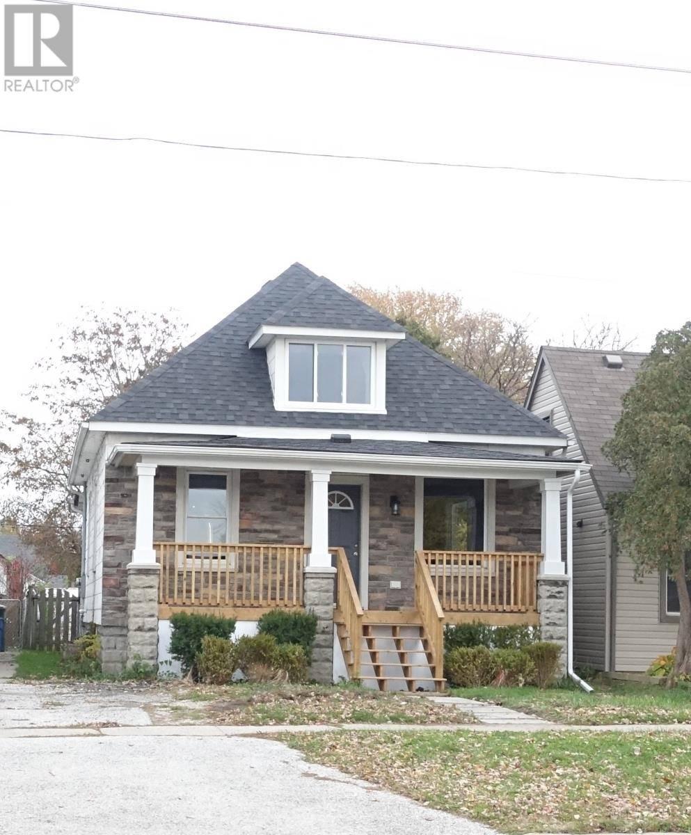 House for sale at 1020 Lesperance  Tecumseh Ontario - MLS: 19027997