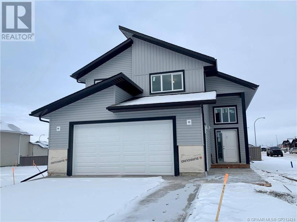 House for sale at 10202 126 Avenue Court Grande Prairie Alberta - MLS: GP213421