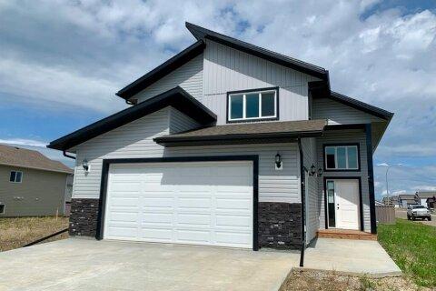 House for sale at 10202 126 Ave Grande Prairie Alberta - MLS: GP213421