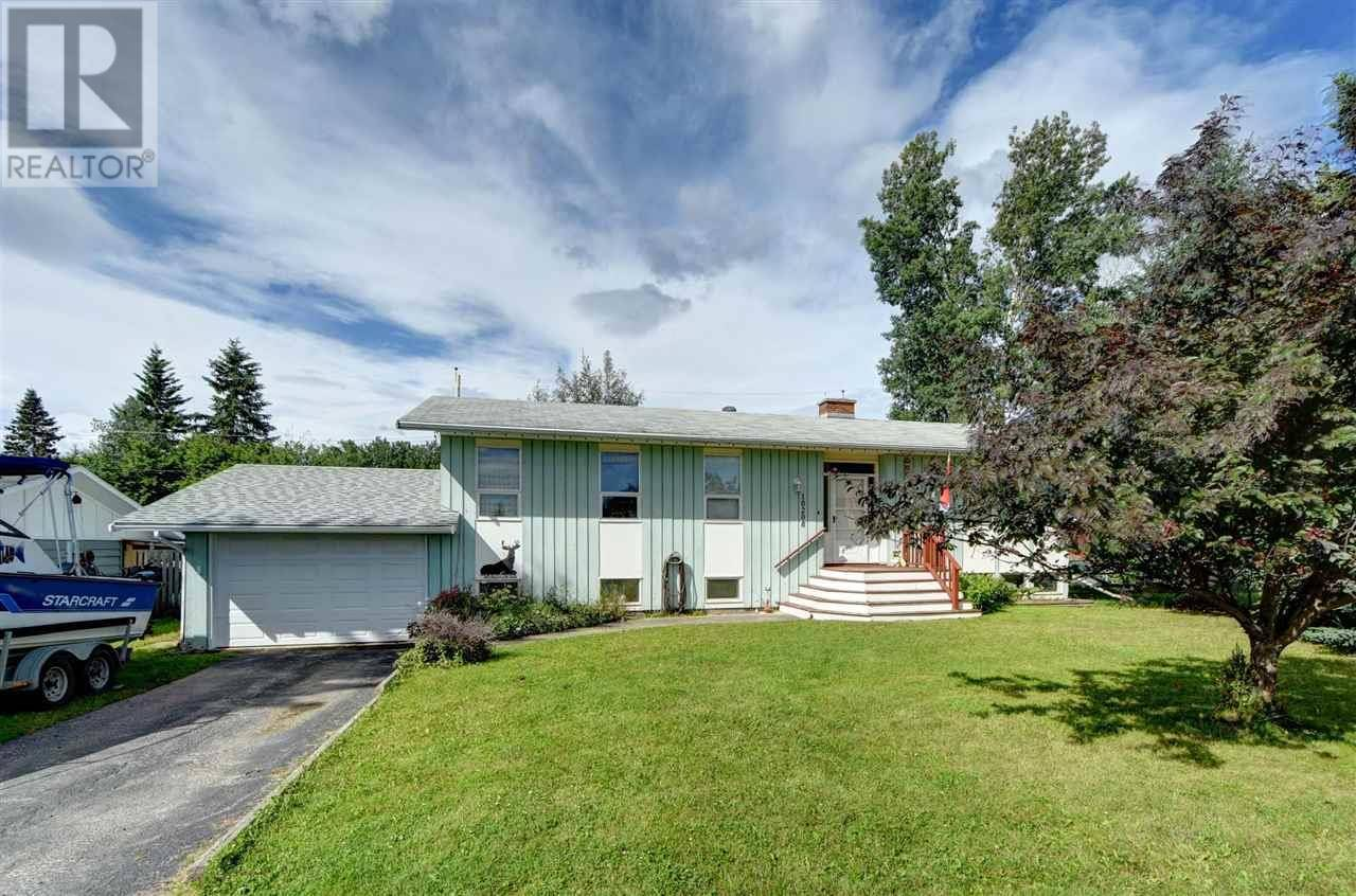 House for sale at 10208 Turner Cres Hudsons Hope British Columbia - MLS: R2393213