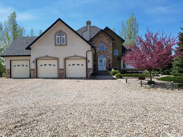 For Sale: 102082 Range Road 165, Taber, AB | 5 Bed, 4 Bath House for $795,000. See 30 photos!