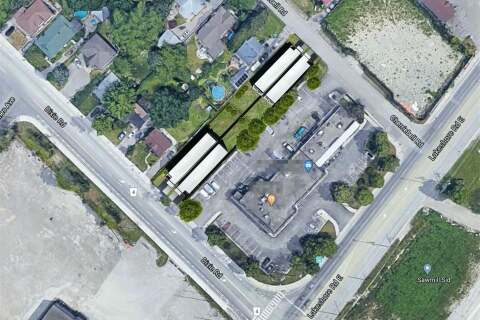 Commercial property for sale at 1021 Dixie Rd Mississauga Ontario - MLS: W4834128
