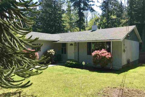 House for sale at 1021 Fircrest Rd Gibsons British Columbia - MLS: R2365470