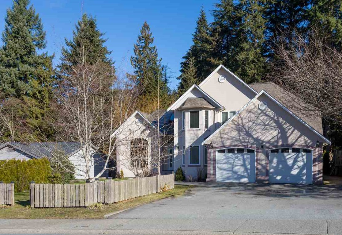 For Sale: 1021 Pia Road, Squamish, BC   4 Bed, 3 Bath House for $1,225,000. See 20 photos!