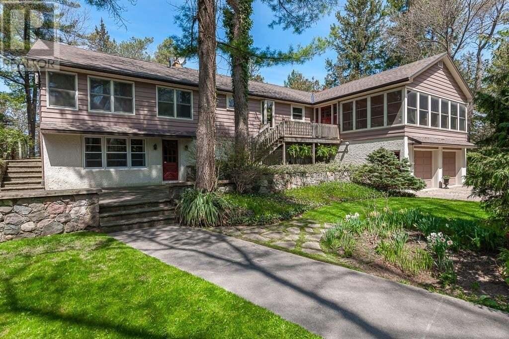 House for sale at 10212 Shoreline Dr Lambton Shores Ontario - MLS: 30806612