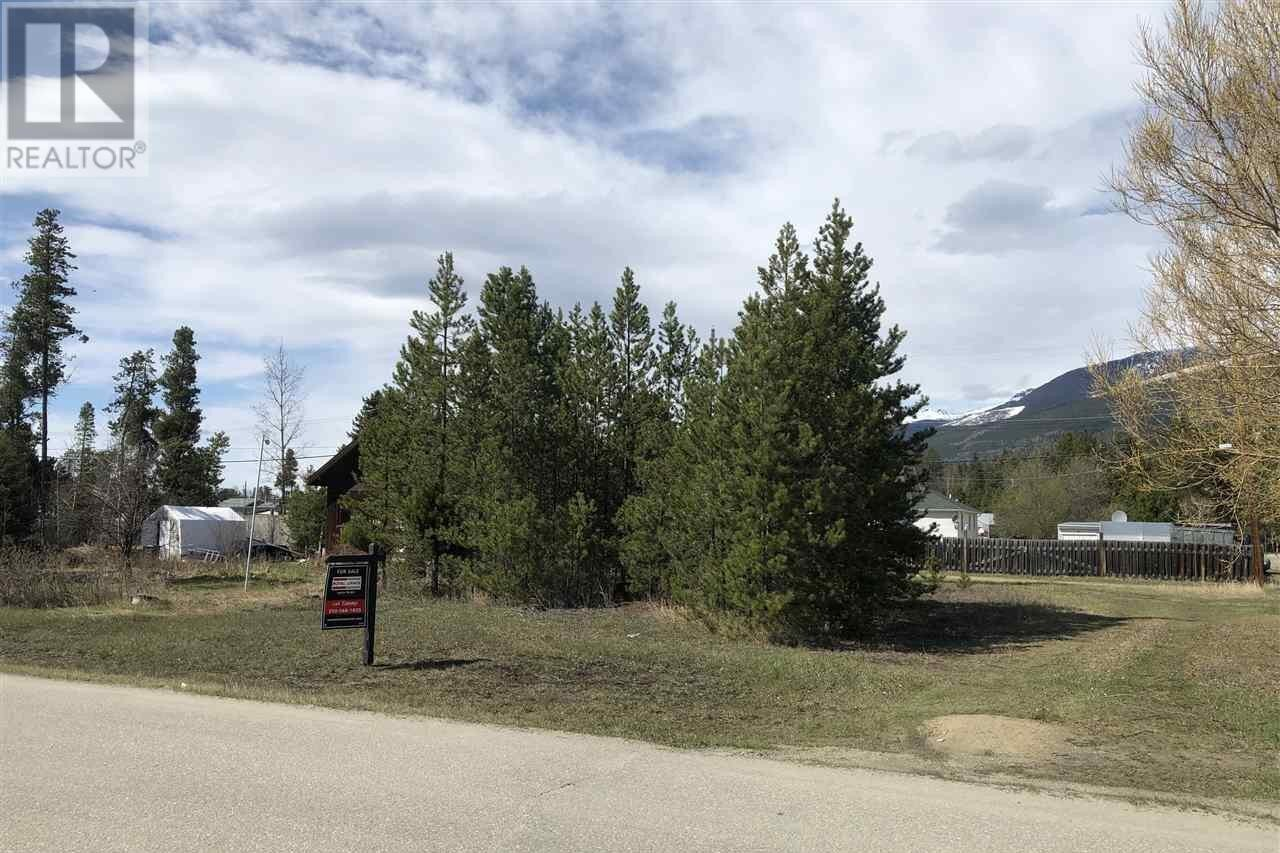Home for sale at 1022 6th Ave Valemount British Columbia - MLS: R2427968