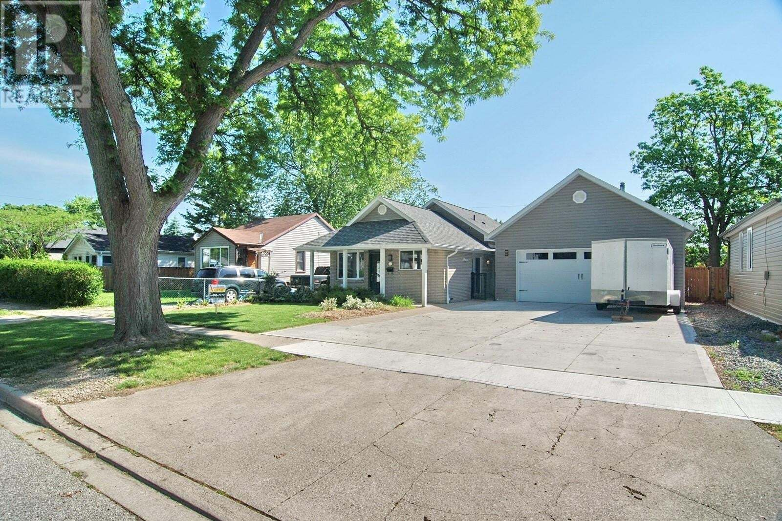House for sale at 1022 Ford  Windsor Ontario - MLS: 20006388