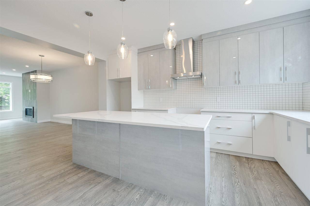 10223 80 Street Nw, Edmonton   Image 2