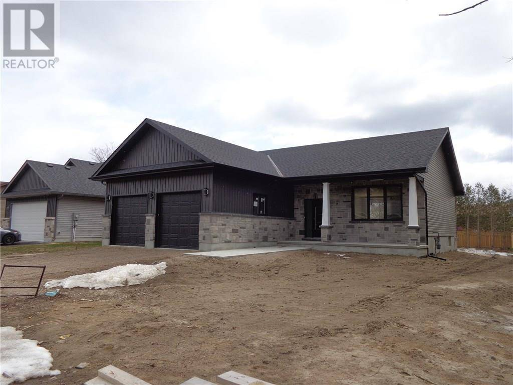 House for sale at 1023 Beatty Cres Deep River Ontario - MLS: 1154203