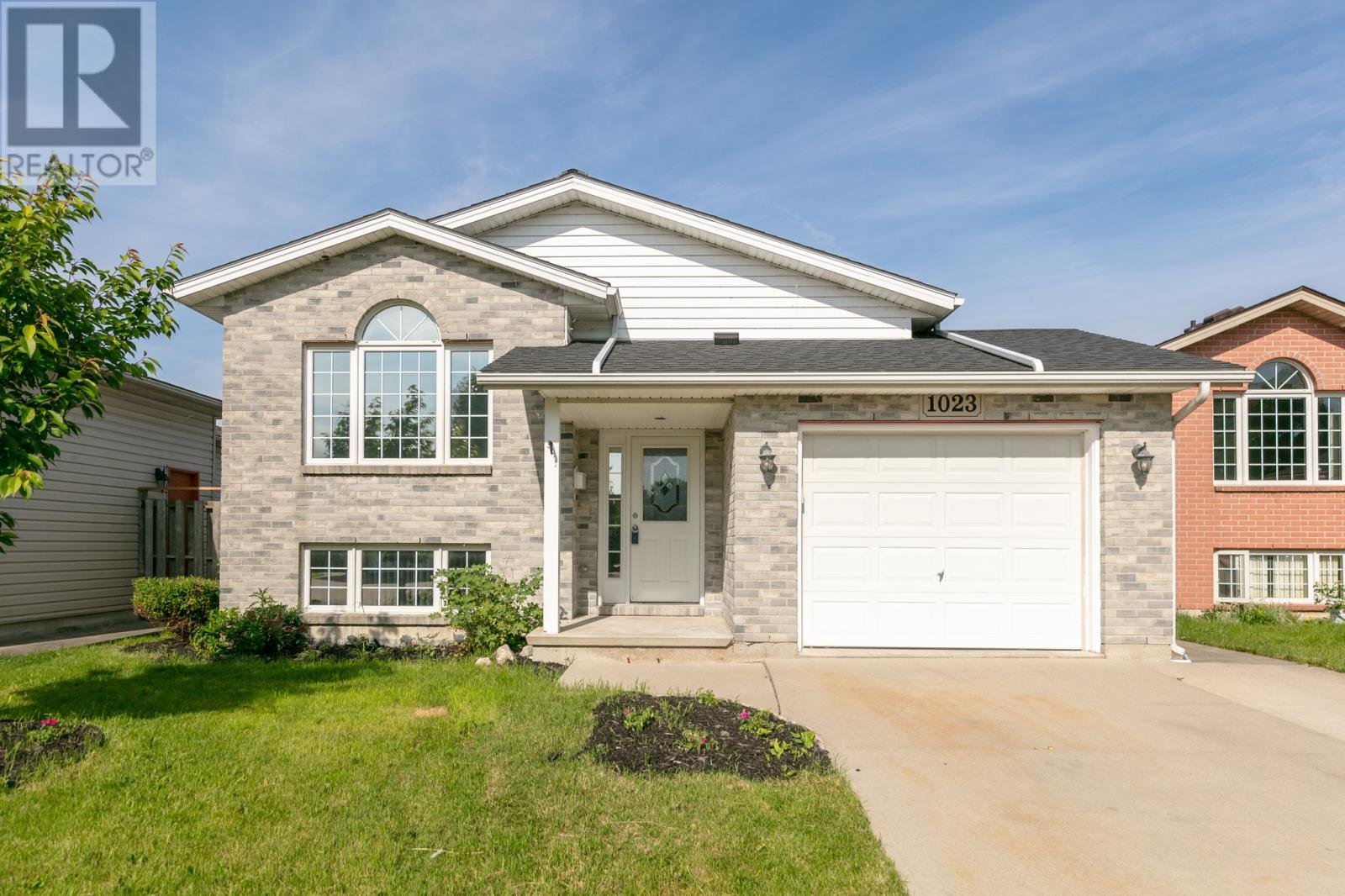 Removed: 1023 Lakeview Avenue, Windsor, ON - Removed on 2019-06-28 08:27:35