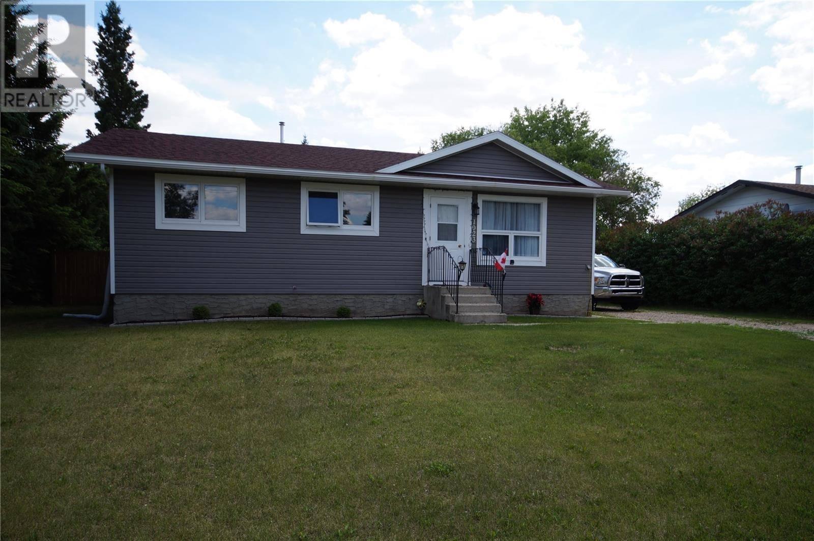 House for sale at 1023 Poplar Cres Waldheim Saskatchewan - MLS: SK763958