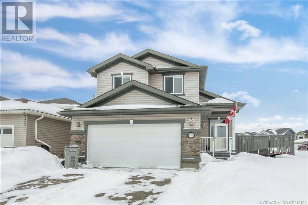 House for sale at 10230 Landing Dr Grande Prairie Alberta - MLS: GP215122