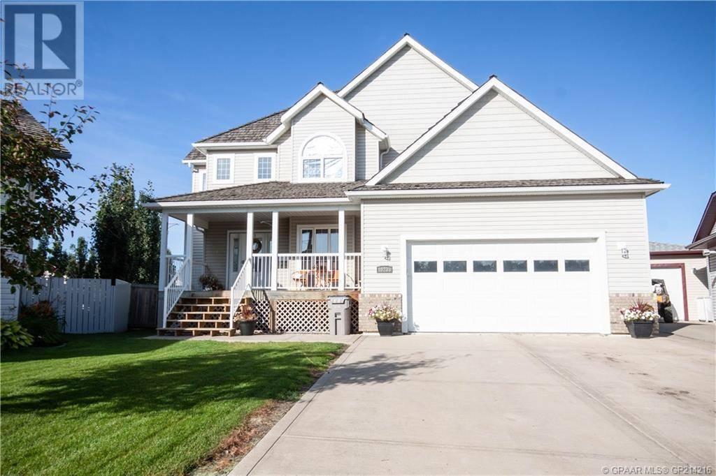 House for sale at 10233 72b Ave Grande Prairie Alberta - MLS: GP214216