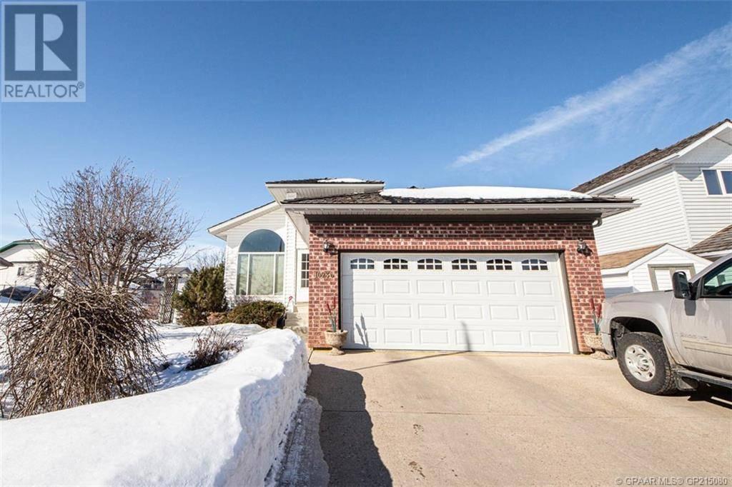 House for sale at 10236 75a Ave Grande Prairie Alberta - MLS: GP215080