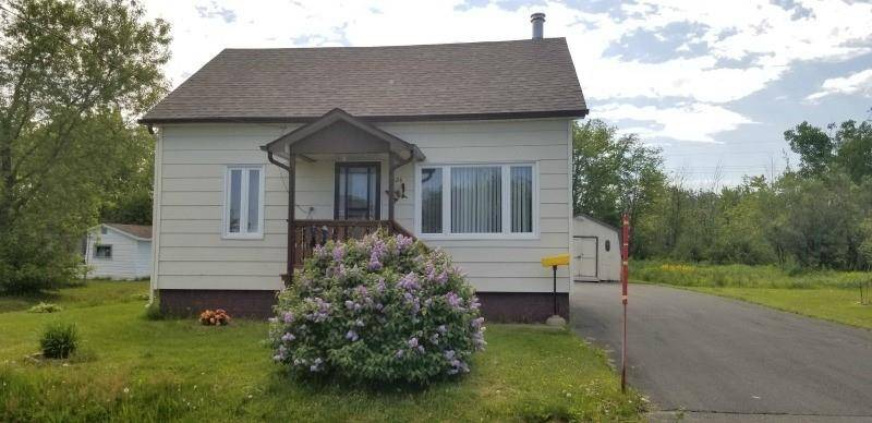 House for sale at 1024 Packard  Bathurst New Brunswick - MLS: NB021407
