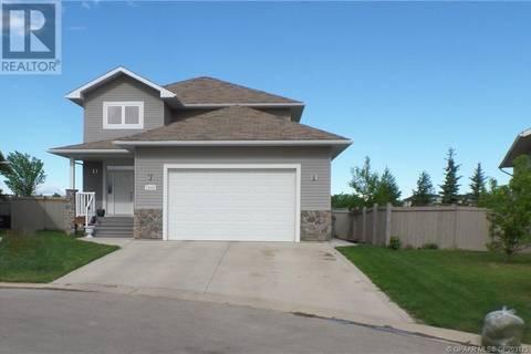 House for sale at 10240 72 Ave Grande Prairie Alberta - MLS: GP203175